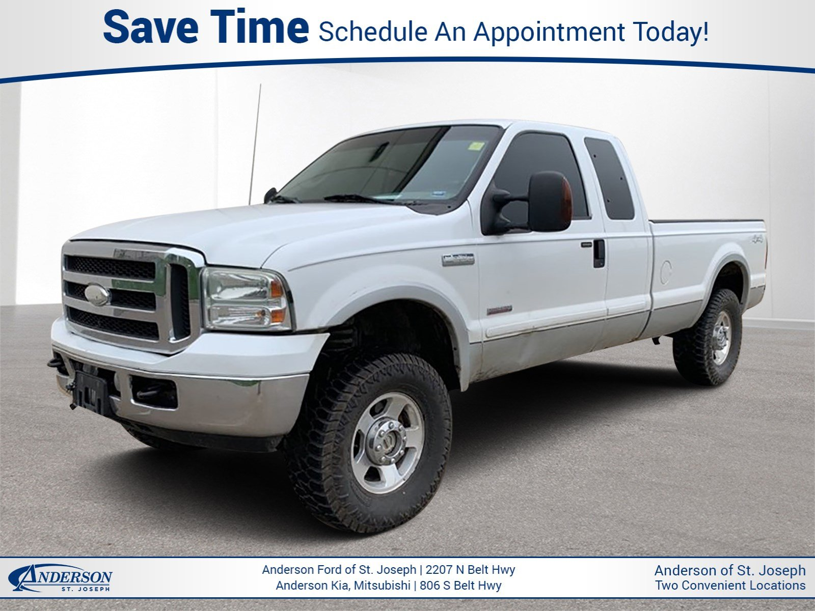 Pre-Owned 2005 Ford Super Duty F-250 Lariat