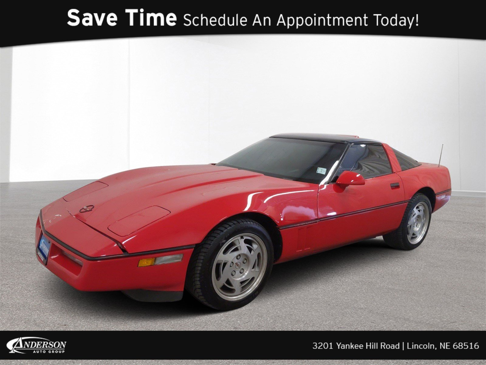 Pre-Owned 1990 Chevrolet Corvette Base